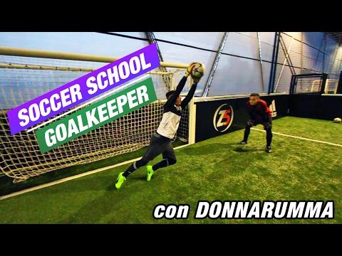Goalkeeper Training con il nostro DONNARUMMA | Soccer School #1