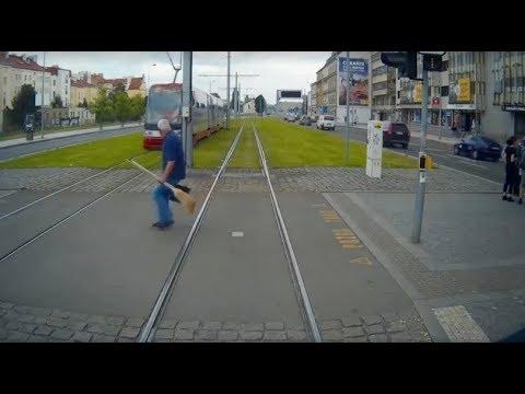 Tram drivers have a tough job in Prague!