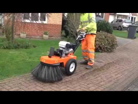 Hydraulic Drive Bensink Weed Brush