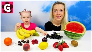 Gaby Learns Names of Fruits with Mommy