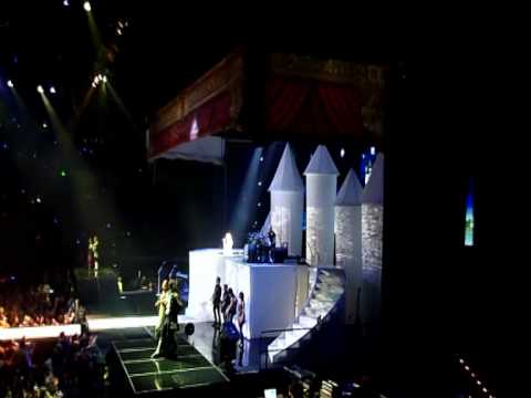 Taylor Swift - Acer Arena - Lovestory 6-02-10