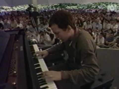 Brad Mehldau Trio - Lament for Linus, Paris 1997