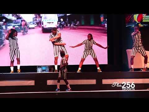 Triplets Ghetto Kids Dancing #YAAwards18