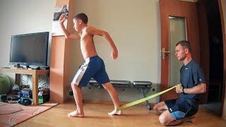 Силовая тренировка ног для юных футболистов.