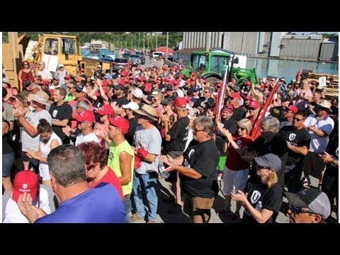 Goderich Rallies Around Striking Salt Mine Workers Battling American Company