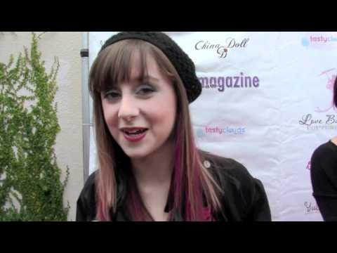 Zora Speaks French? Allisyn Ashley Arm dishes on So Random!
