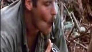 про траву 1968(вьетнам)Съемки журналистов(Американские солдаты курят траву через дробовик Ремингтон.Своеобразный бульбулятор!, 2008-03-28T14:47:35.000Z)