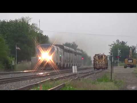 Thumbnail: Horn Salute from Eight-Minute-Late Amtrak #5