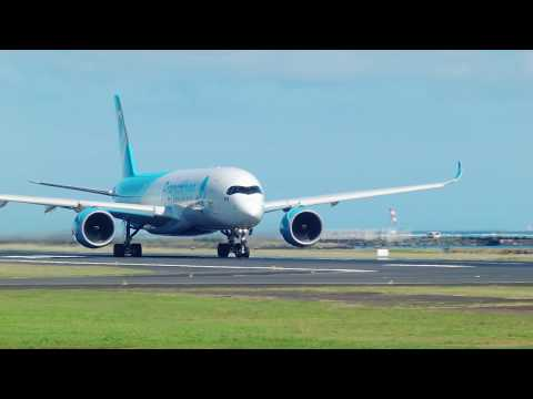 French Bee & Air Tahiti Nui. Take off from one and landing for the other.  06/25/2018.