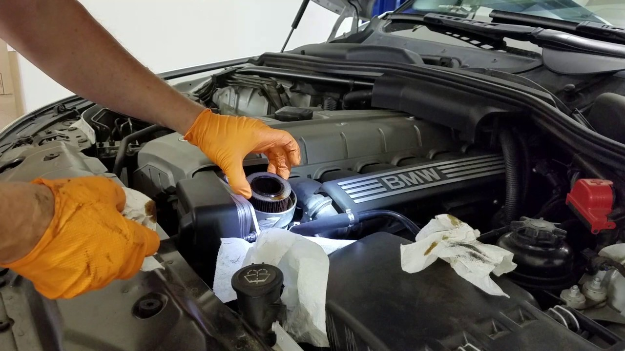 how to complete an oil change on a 2007 bmw 525i [ 1280 x 720 Pixel ]