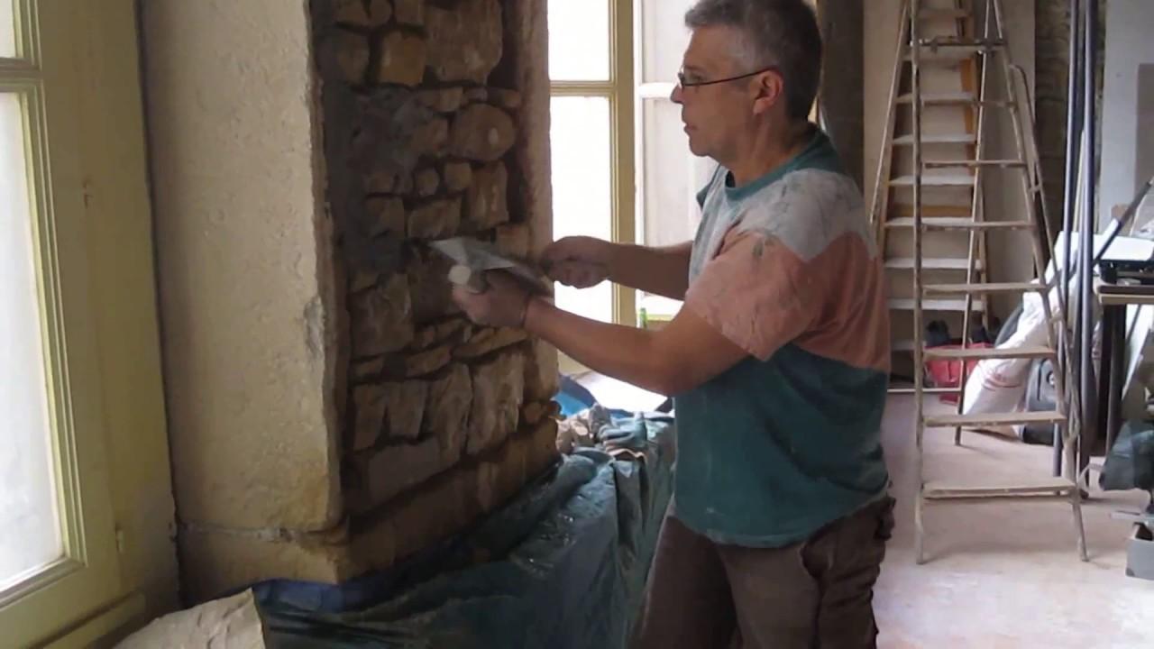 Rnover  Jointoyer  un vieux mur en pierre  YouTube
