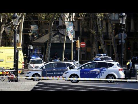 المعلومات الأولية عن حادث دهس عشرات الأشخاص وسط برشلونة  - نشر قبل 1 ساعة