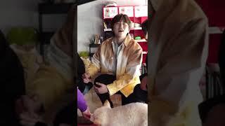 B1A4 (비원에이포) 무릎이 축축 했는데 강아지 오줌