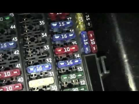 How TO Mercedes Audio 10 Stereo Fuse Replacment  Checks - YouTube