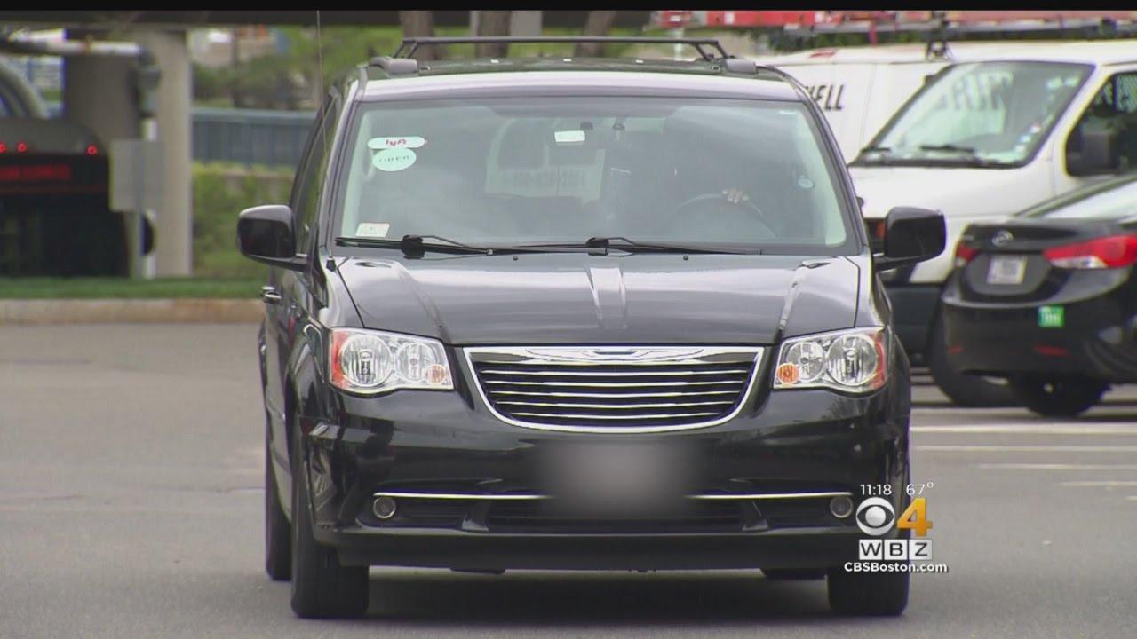Critics Say Uber's Vehicle Leasing Option Is 'Predatory'