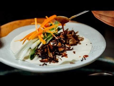 CRISPY AROMATIC SHROOM PANCAKES 'peking duck style' - VEGAN CHRISTMAS PARTY FOOD