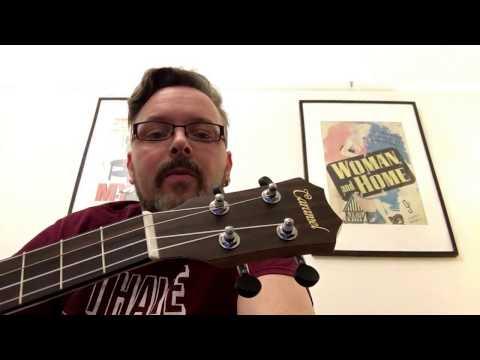 Caramel CB500 baritone ukulele (rosewood) demo