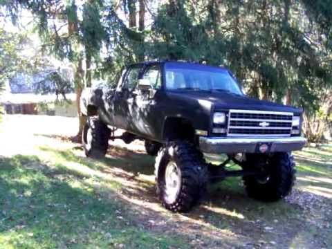 Lifted CHEVY CREW CAB - YouTube