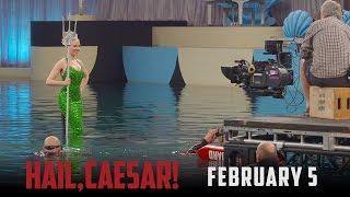 "Hail, Caesar! - Featurette: ""A Look Inside"" (HD)"