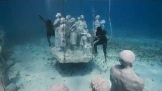 Cancuns Underwater Museum with Marine Life