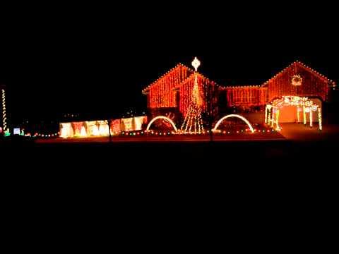 Hallelujah by Cloverton Christmas Light Show 2014