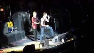 """Die Toten Hosen - """"Draußen vor der Tür"""" - live Bochum, 2013"""