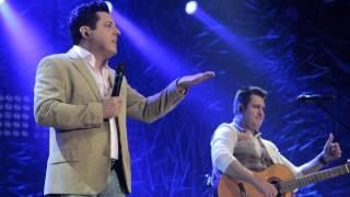 Bruno & Marrone - Esqueci - Amor à Três (DVD Pela Porta da Frente)
