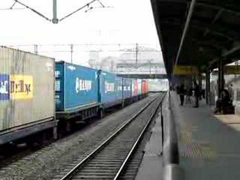 Korea Freight Container train Dujeong Station passing