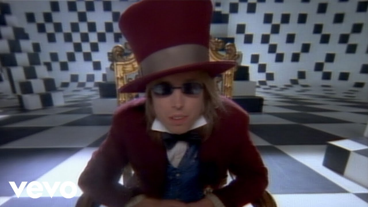 tom petty and the heartbreakers don 39 t come around here no more youtube. Black Bedroom Furniture Sets. Home Design Ideas
