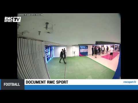Document RMC Sport / Brandao donne un coup de tête à Thiago Motta - 16/08