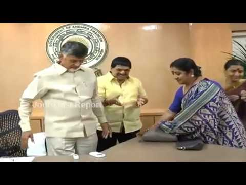 Cine Actress Manju Bhargavi Meets With AP CM Chandrababu Naidu In Amaravati