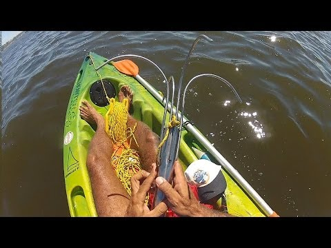Apoitando O Caiaque De Forma Diferente - Pesca Com Caiaque - Kayak Fishing - Leogafanha - Dicas