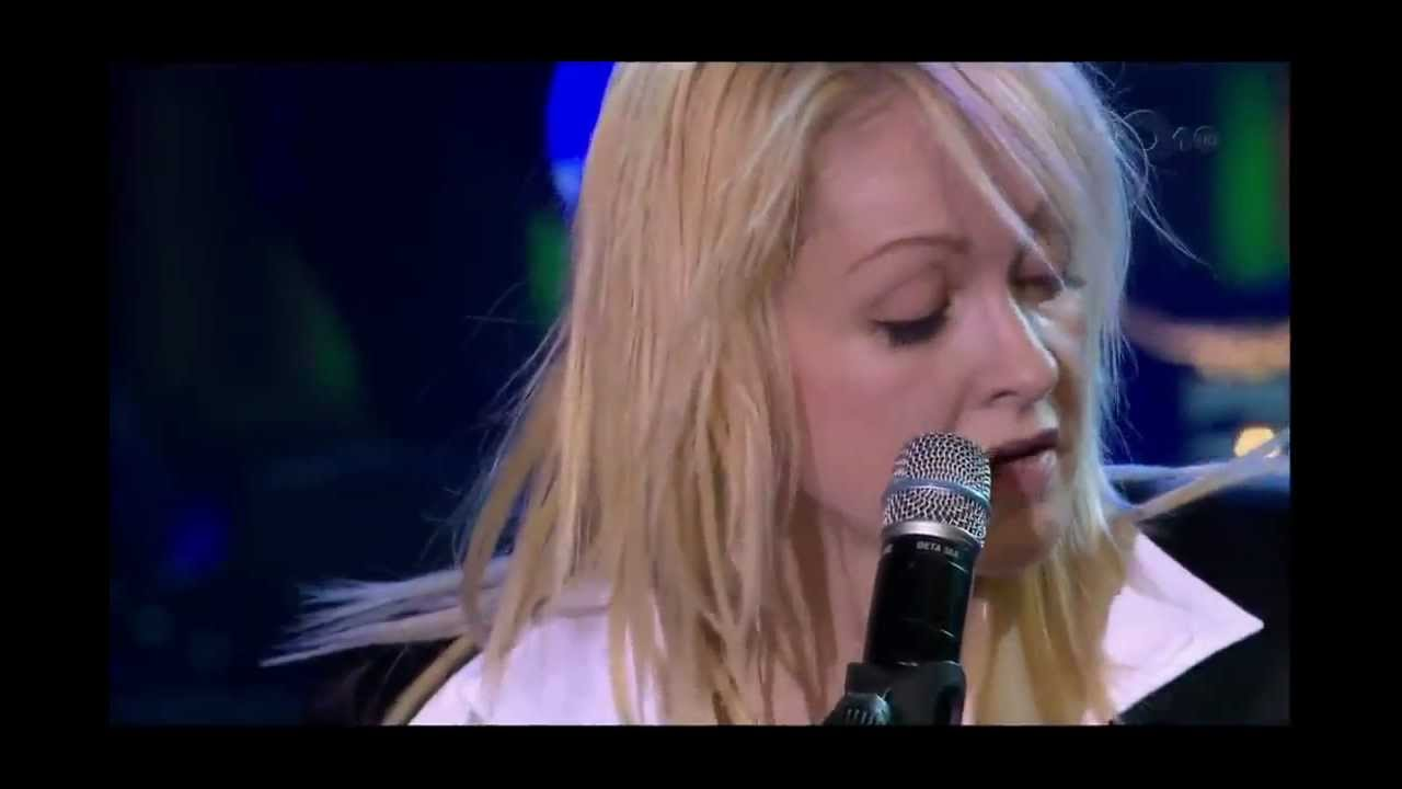 cyndi-lauper-time-after-time-official-live-video-hd-georgios-milonas