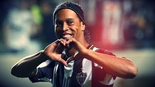 ronaldinho genius assits penalty winner vs newells 10 07 2013