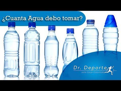 Cuanta agua debo tomar diario para bajar de peso