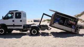 Iveco Daily 4x4 Hooklift - Mark 1 Camper Unload