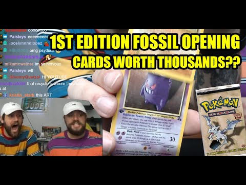 WE OPENED 4 FIRST EDITION FOSSIL PACKS (CRAZY PULLS) |