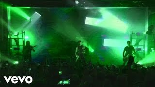 Bullet For My Valentine - Your Betrayal (Live)