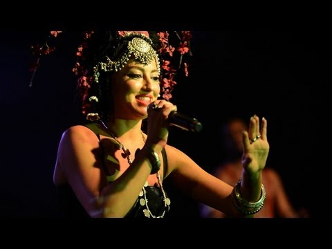 "Neon Hitch - ""F U Betta"" Live at SXSW 2012"