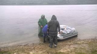 Трое  в  лодке  не  считая  собаки, +баржа  на  привози!!!