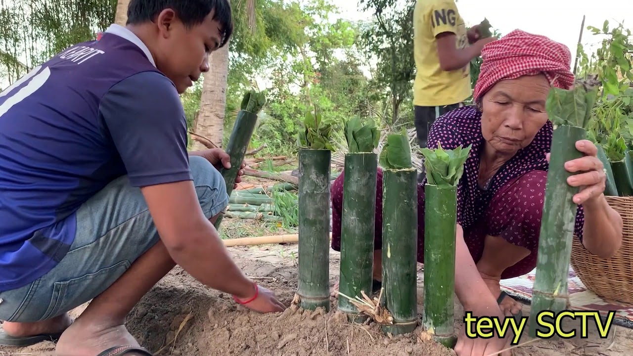 Making natural rice with Khmer bamboo........!