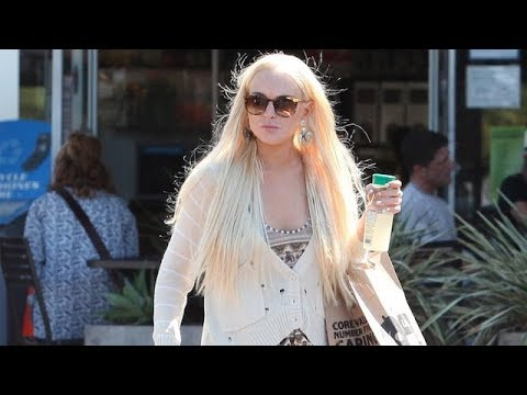 Thumbnail: Lindsay Lohan On Partying With Paris Hilton: 'I Don't Do Drugs' [2011]