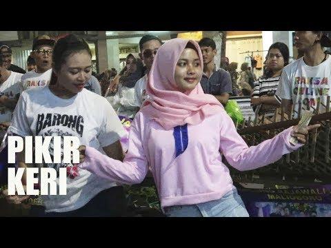 #part 1 -- PENONTON NGGAK TAHAN NGGAK IKUT JOGET -- ANGKLUNG RAJAWALI MALIOBORO