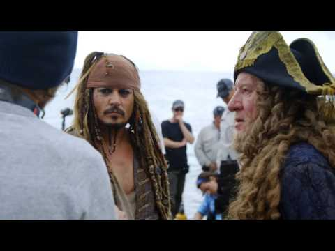 Pirates of the Caribbean  Dead Men Tell No Tales   New Look!  (Behind The Scene)