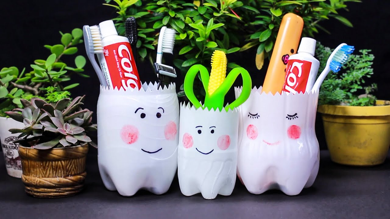 8 PLASTIC BOTTLES CRAFTS FOR KIDS