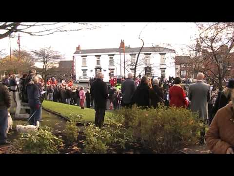 Dukinfield Remembers The Fallen in 2013
