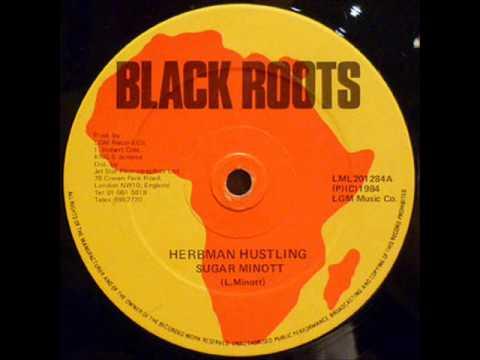 SUGAR MINOTT - Herbman hustling / Version  (Black Roots)  12