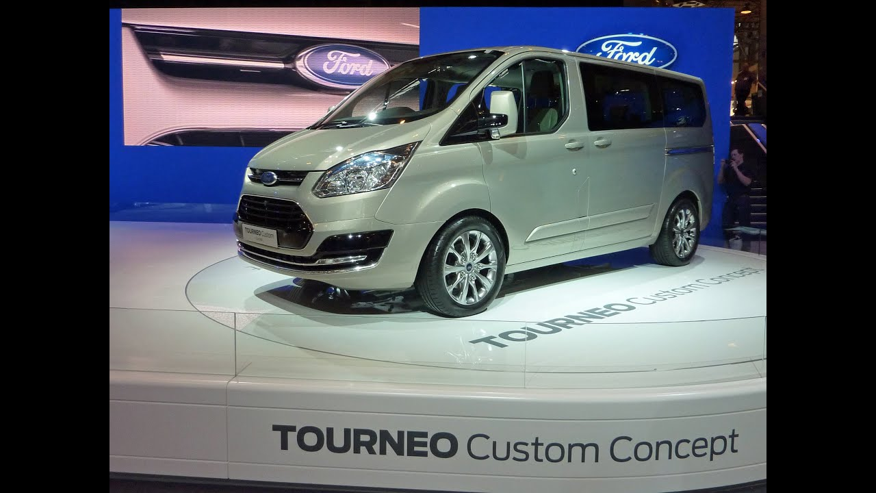 Ford Tourneo Custom 9 Seat Minibus At The Commercial Vehicle Show 2013 Birmingham NEC Pan Zoom