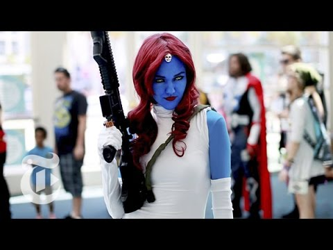 Weapons Rule at Comic-Con | The New York Times