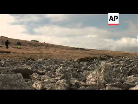 Battlefield tourism attracts Brits and Argentines alike